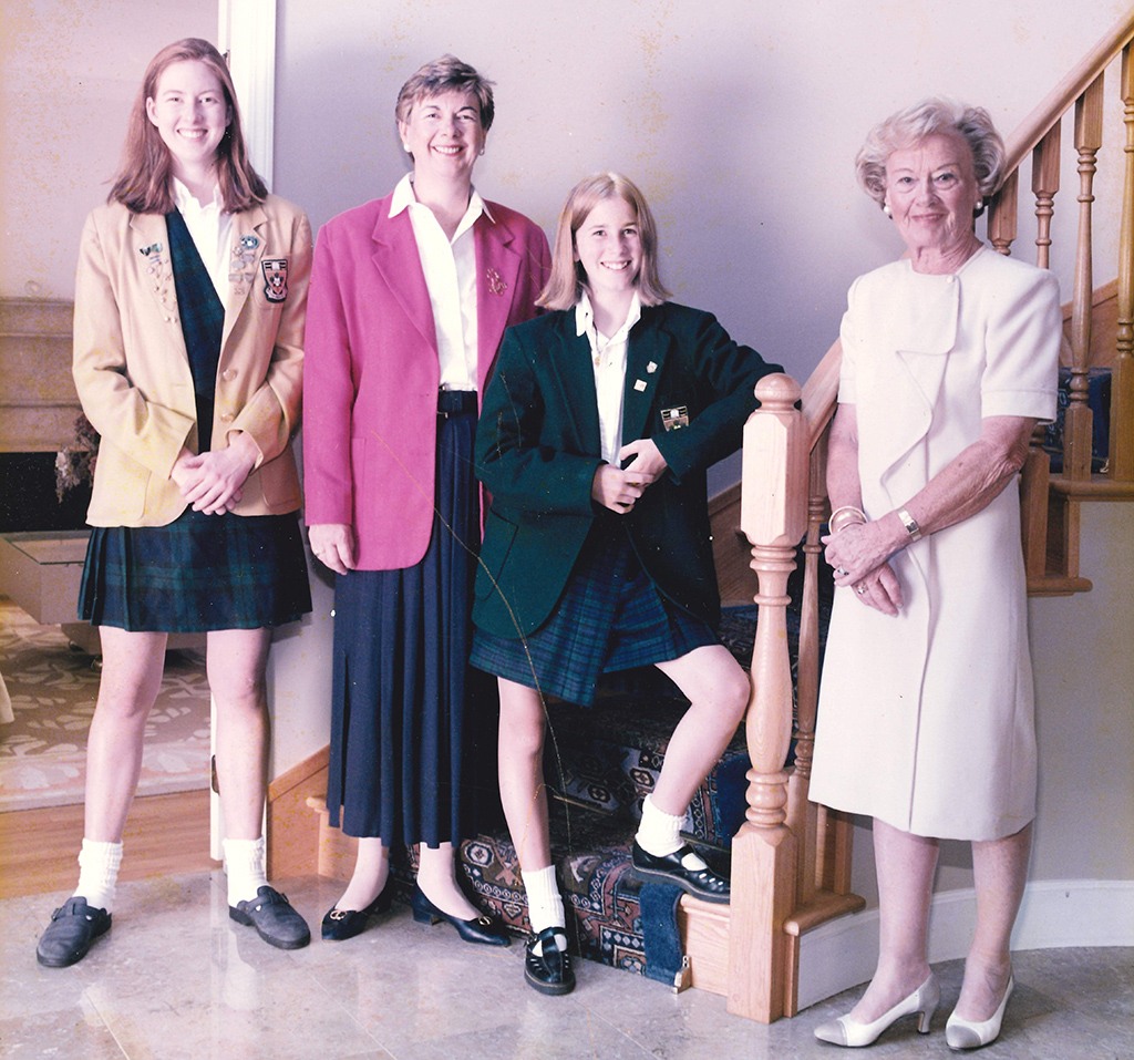 R-L Nora (McBride) Mitchell '35, Kelly (Forbes) Selby '01, Nora (Mitchell) Newlands '67, and Lindsay Forbes '96